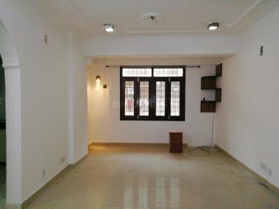 Gallery Cover Image of 1000 Sq.ft 2 BHK Apartment for buy in Saraswati Narmada Apartments, Vasant Kunj for 14000000