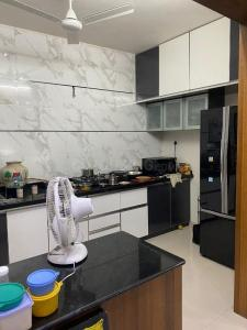 Gallery Cover Image of 1600 Sq.ft 3 BHK Apartment for buy in Civic Samanvay Residency, Bopal for 9200000