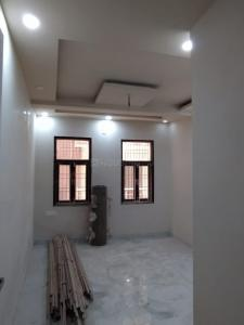 Gallery Cover Image of 900 Sq.ft 3 BHK Independent Floor for buy in Burari for 4500000