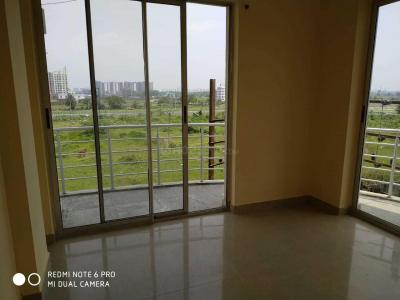 Gallery Cover Image of 1300 Sq.ft 3 BHK Apartment for rent in Shreshta Garden, Rajarhat for 18000
