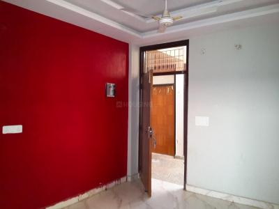 Gallery Cover Image of 910 Sq.ft 2 BHK Apartment for buy in Janakpuri for 3000000