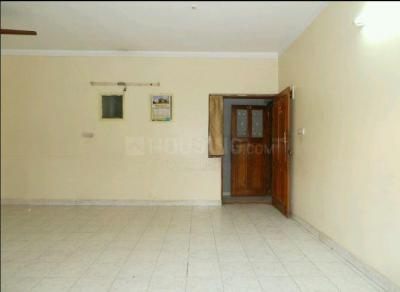 Gallery Cover Image of 1100 Sq.ft 2 BHK Apartment for rent in Royal Garden Apartments, Wilson Garden for 22000