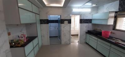 Gallery Cover Image of 4000 Sq.ft 4 BHK Apartment for rent in Rasik Villa, Vesu for 60000