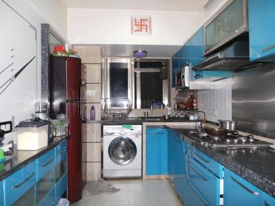 Gallery Cover Image of 1350 Sq.ft 3 BHK Apartment for rent in Kandivali East for 55000