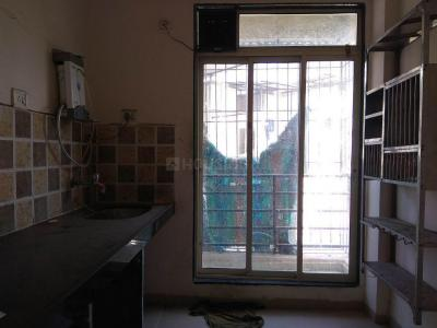 Gallery Cover Image of 690 Sq.ft 1 BHK Apartment for rent in Arihant Arham, Koproli for 6000