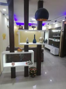 Gallery Cover Image of 1131 Sq.ft 2 BHK Apartment for buy in Logix Blossom County, Sector 137 for 5100000