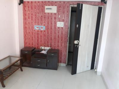 Gallery Cover Image of 600 Sq.ft 2 BHK Apartment for rent in Chembur for 36000