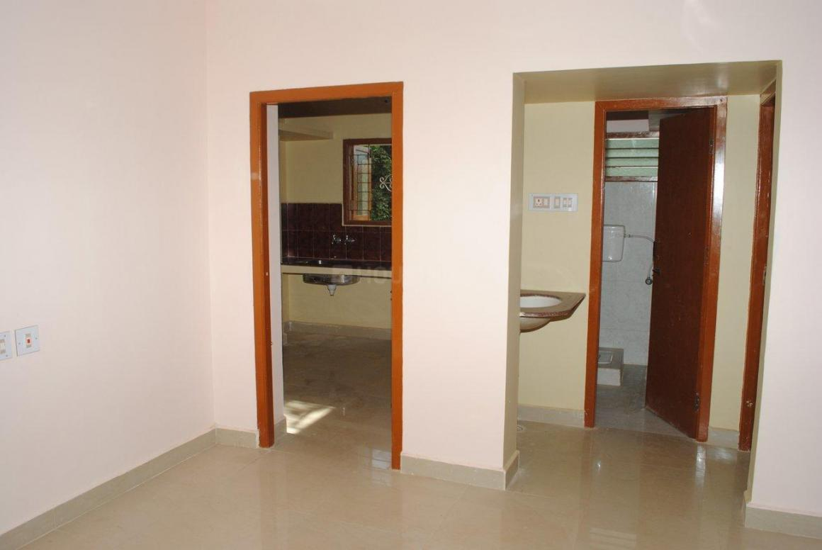 Living Room Image of 1780 Sq.ft 3 BHK Independent House for buy in Poonamallee for 8200000