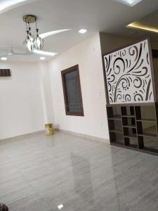 Gallery Cover Image of 950 Sq.ft 2 BHK Apartment for buy in Sector 75 for 2800000