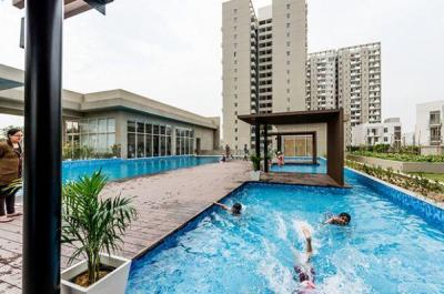 Gallery Cover Image of 1298 Sq.ft 2 BHK Apartment for rent in Sector 82 for 19500