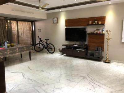 Gallery Cover Image of 4500 Sq.ft 6 BHK Villa for buy in Acharya Aashram, Borivali West for 100000000
