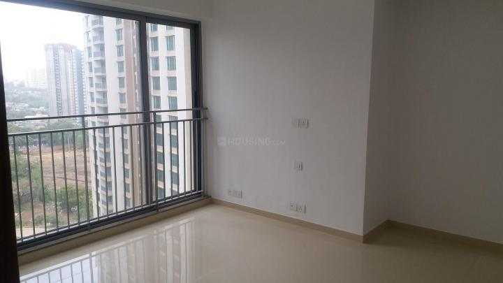 Living Room Image of 646 Sq.ft 2 BHK Apartment for rent in Thane West for 24000
