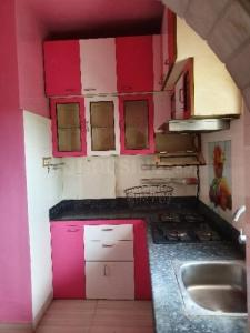 Gallery Cover Image of 1400 Sq.ft 3 BHK Apartment for rent in Thakurpukur for 18000