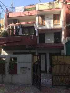 Gallery Cover Image of 1530 Sq.ft 6 BHK Independent House for buy in Sarvapriya Vihar for 75000000