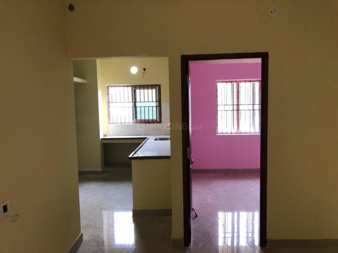 Kitchen Image of 650 Sq.ft 1 BHK Apartment for rent in Poonamallee for 8000