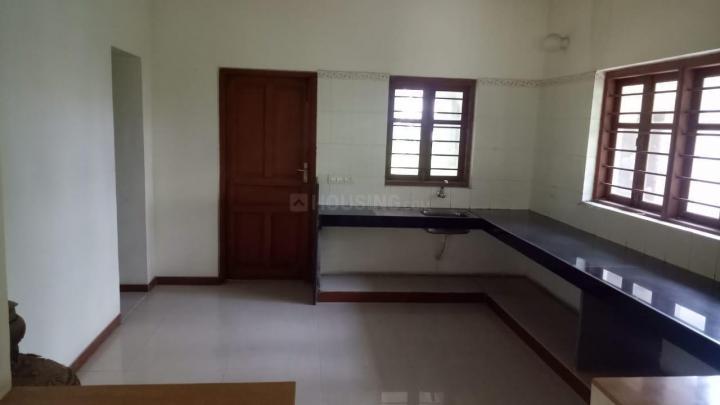 Kitchen Image of 8000 Sq.ft 4 BHK Villa for rent in Shilaj for 50000