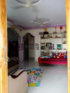 Gallery Cover Image of 1100 Sq.ft 2 BHK Independent House for rent in Aminpur for 13000