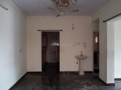 Gallery Cover Image of 2000 Sq.ft 3 BHK Apartment for rent in Indira Nagar for 30000