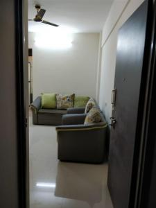 Gallery Cover Image of 535 Sq.ft 1 BHK Apartment for rent in Mamdapur for 4500