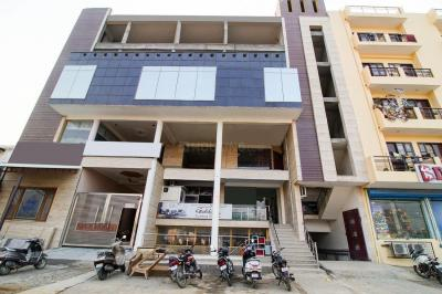 Building Image of Oyo Life Grg1609 in Sector 62