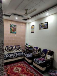 Gallery Cover Image of 675 Sq.ft 2 BHK Independent Floor for buy in Madhu Vihar for 2850000