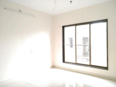 Gallery Cover Image of 640 Sq.ft 1 BHK Apartment for buy in Malad West for 11500000