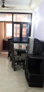 Gallery Cover Image of 1350 Sq.ft 2 BHK Apartment for rent in Amrapali Village Phase 2, Kala Patthar for 14500