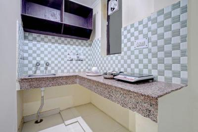 Kitchen Image of Oyo Life Grg1571 Dlf Phase 3 in DLF Phase 3