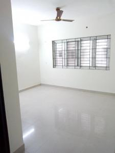 Gallery Cover Image of 1787 Sq.ft 3 BHK Apartment for rent in Kelambakkam for 25000