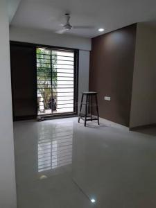 Gallery Cover Image of 1010 Sq.ft 2 BHK Apartment for rent in Gujrat Shreeji Sea View, Bhayandar East for 17000