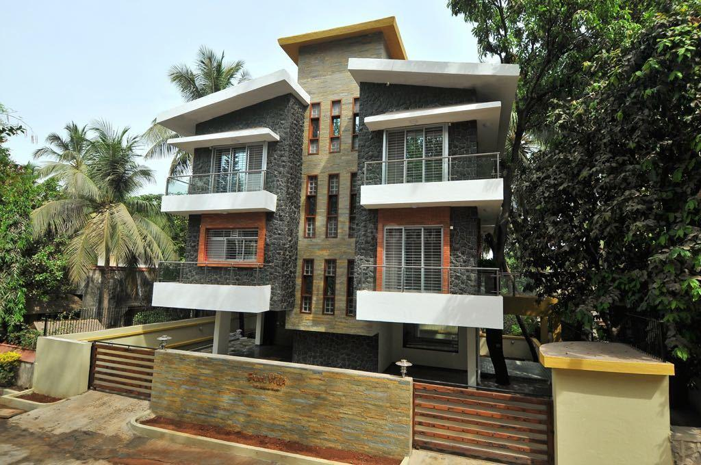 Building Image of 4000 Sq.ft 5 BHK Independent House for buy in Borivali East for 150000000