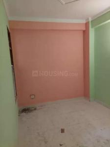 Gallery Cover Image of 700 Sq.ft 2 BHK Independent Floor for buy in Sector 105 for 2500000