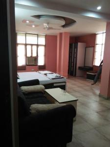 नारायण नगर में निर्मल के बेडरूम की तस्वीर