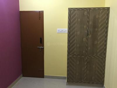 Gallery Cover Image of 800 Sq.ft 2 BHK Apartment for rent in Chromepet for 25000