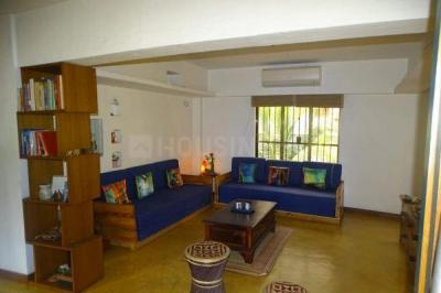 Gallery Cover Image of 1800 Sq.ft 3 BHK Apartment for buy in Juhu for 67500000