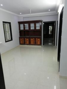 Gallery Cover Image of 750 Sq.ft 2 BHK Independent Floor for rent in Munnekollal for 13500