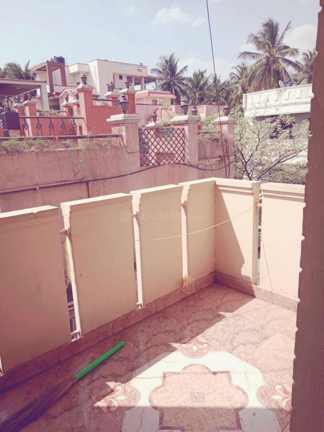 Living Room Image of 600 Sq.ft 1 RK Apartment for rent in Shanti Nagar for 15000