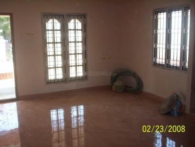 Gallery Cover Image of 1200 Sq.ft 3 BHK Independent House for rent in Nanmangalam for 16500