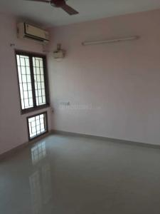Gallery Cover Image of 1100 Sq.ft 2 BHK Apartment for rent in Adambakkam for 19000