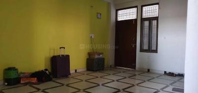 Gallery Cover Image of 1300 Sq.ft 2 BHK Apartment for rent in Govindpuram for 7500