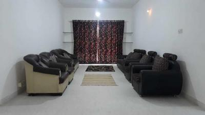 Gallery Cover Image of 2200 Sq.ft 3 BHK Apartment for rent in Yerawada for 60000