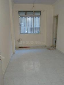 Gallery Cover Image of 225 Sq.ft 1 RK Apartment for rent in Malad West for 8730