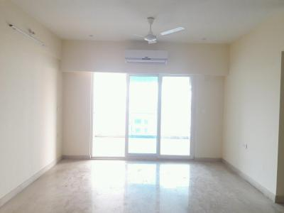 Gallery Cover Image of 2100 Sq.ft 3 BHK Apartment for rent in Bandra East for 130000