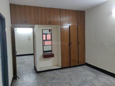 Gallery Cover Image of 1500 Sq.ft 3 BHK Apartment for rent in T Nagar for 55000