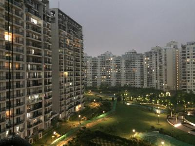 Gallery Cover Image of 2187 Sq.ft 3 BHK Apartment for buy in Central Park Central Park Belgravia Resort Residences 2, Sector 48 for 31000000