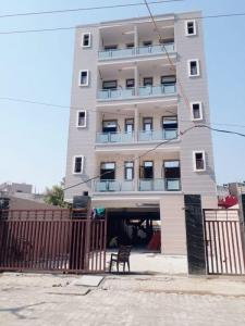 Gallery Cover Image of 1456 Sq.ft 2 BHK Apartment for buy in Sector 9 for 4000765