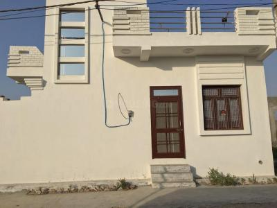 Gallery Cover Image of 900 Sq.ft 2 BHK Independent House for buy in Tilpata Karanwas for 2800000