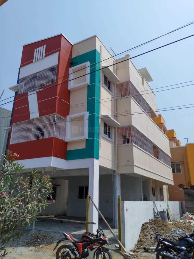 Building Image of 750 Sq.ft 2 BHK Apartment for buy in Ambattur for 4000000