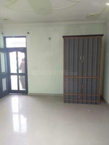Gallery Cover Image of 600 Sq.ft 1 BHK Independent Floor for rent in Sector 9 for 8000