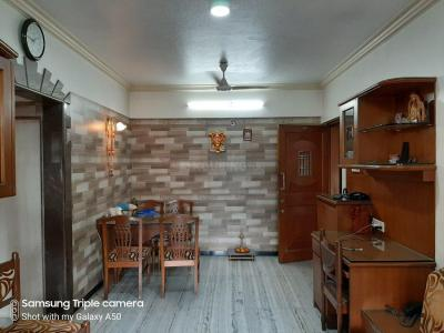 Gallery Cover Image of 760 Sq.ft 2 BHK Apartment for rent in Santacruz East for 90000